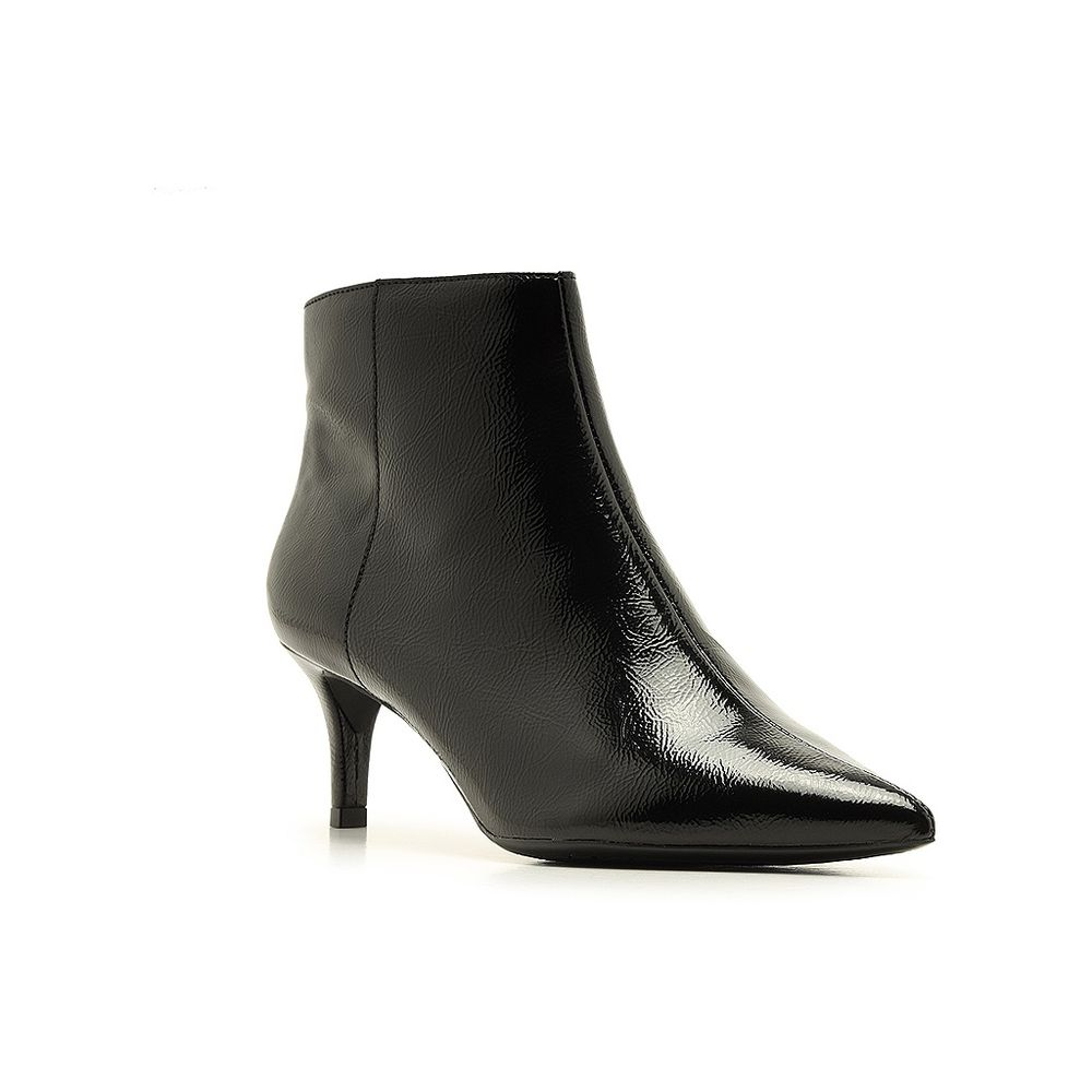 ankle-boot-preta-verniz-salto-kitten-bico-fino-arezzo-1