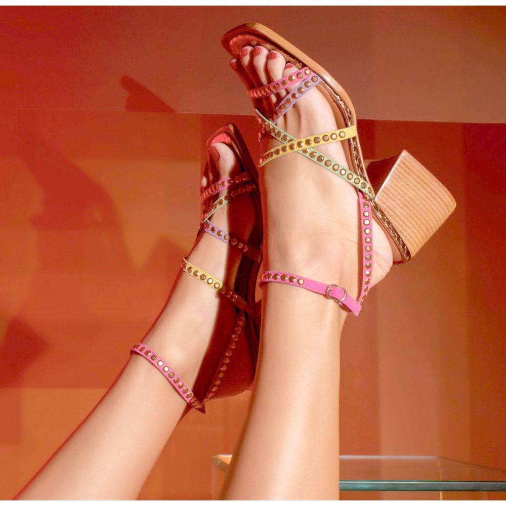 sandalia-salto-bloco-multicores-tiras-coloridas-luiza-barcelos-1