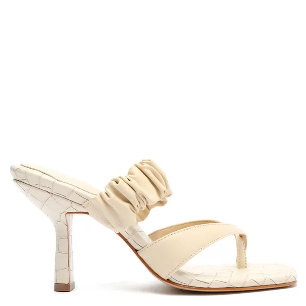 sandalia-mule-salto-couro-croco-branca-schutz-1