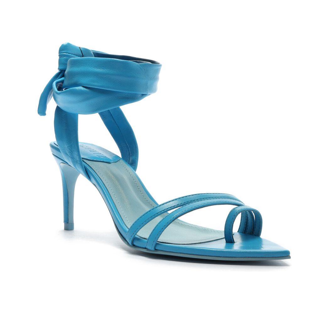 sandalia-salto-fino-com-amarracao-nappa-master-azul-schutz-1